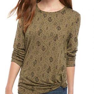 Cactus print long sleeve shirt 🌵🟢